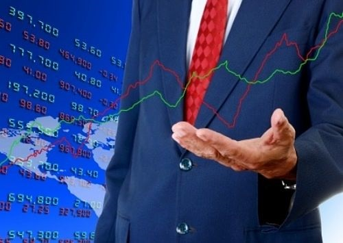 Position Trading - technical Considerations; picture of a position trader providing support to a stock price graph shown on a large stock chart on a blue background panel